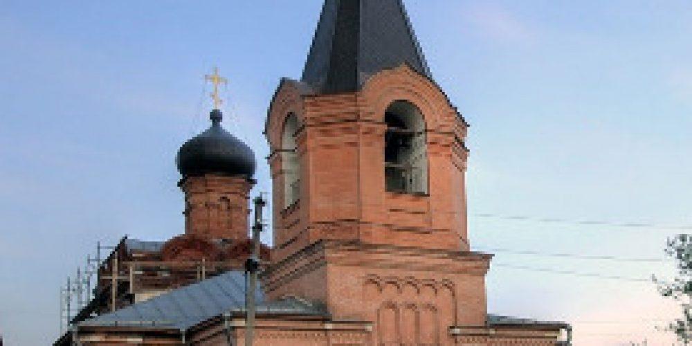Команда воскресной школы храма святого праведного Симеона Верхотурского в Марьине заняла второе место в Турнире по русскому хоккею на валенках