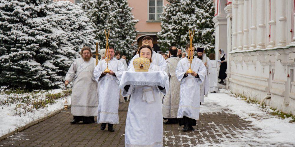 Архиепископ Егорьевский Матфей совершил великое освящение храма преподобного Сергия Радонежского Николо-Перервинского монастыря