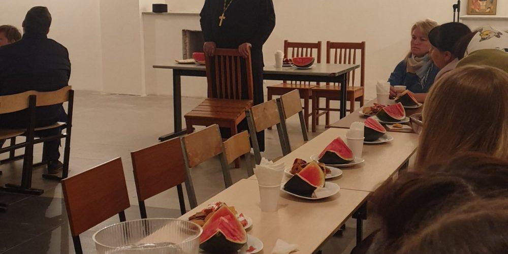 Состоялась встреча и.о. настоятеля храма святого праведного Иоанна Кронштадтского в Жулебине священника Марка Кравченко с прихожанами
