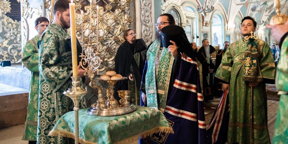 Архиепископ Егорьевский Матфей принял участие в торжествах в Свято-Троицкой Сергиевой лавре в день памяти преподобного Сергия Радонежского