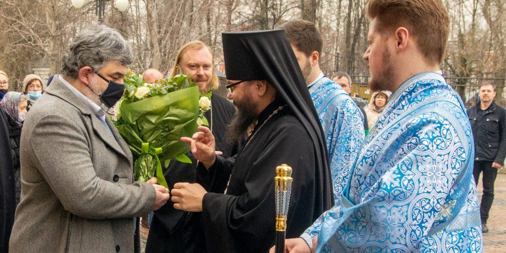 Архиепископ Егорьевский Матфей возглавил престольные торжества в храме Благовещения Пресвятой Богородицы в Петровском парке