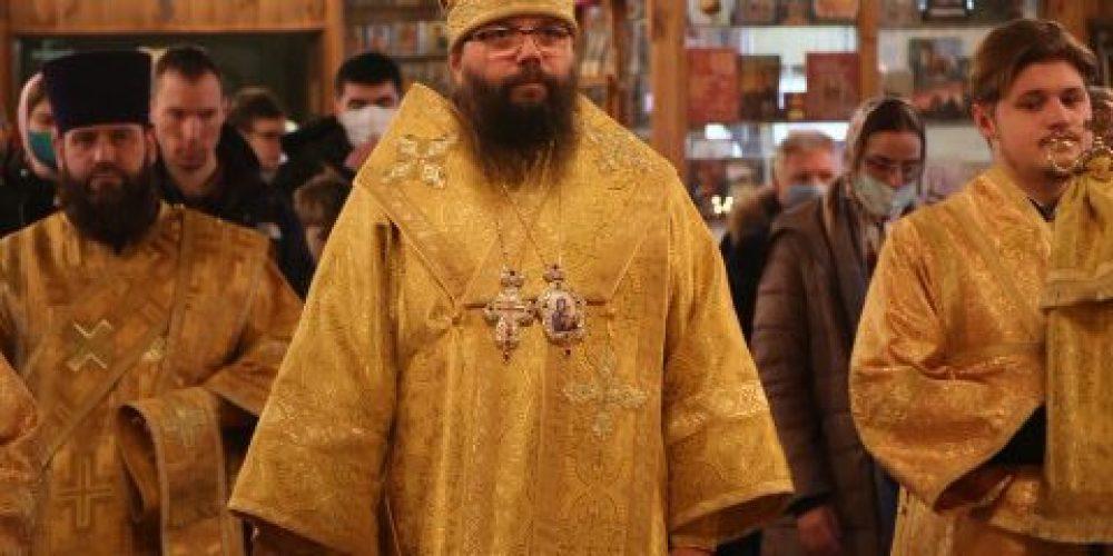 Архиерейское богослужение на приходе святого апостола Андрея Первозванного в Люблине в день престольного праздника