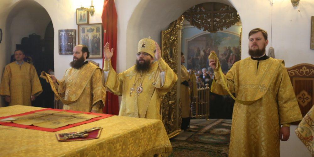 Архиепископ Егорьевский Матфей возглавил престольный праздник в Николо-Перервинской обители