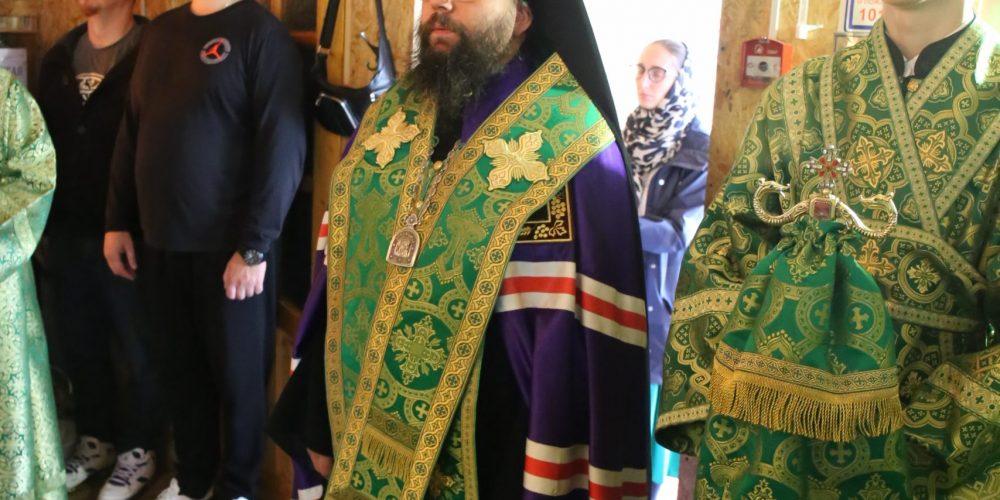 Архиепископ Егорьевский Матфей совершил всенощное бдение в храме преподобного Александра Свирского в Грайворонове