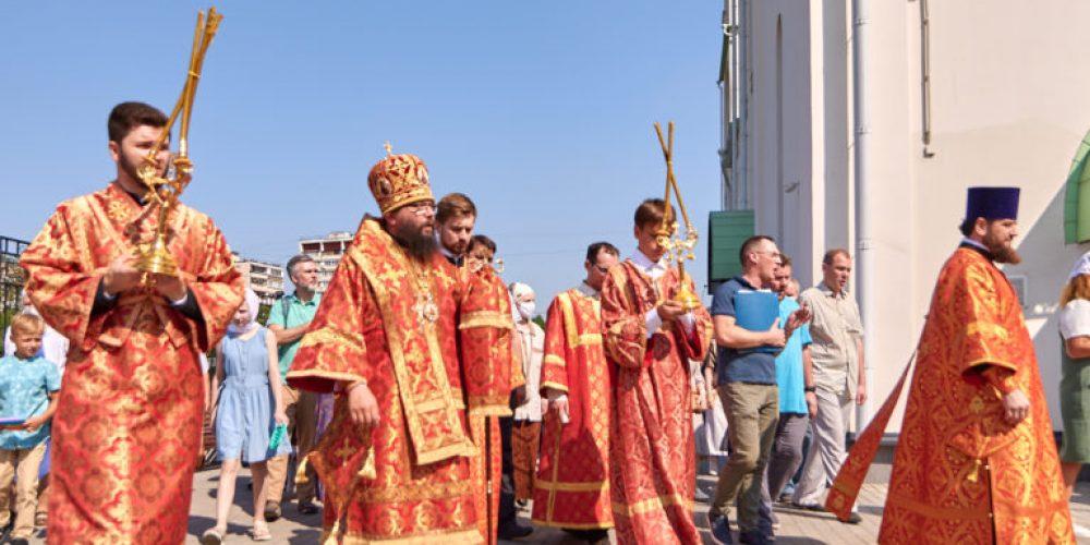 Архиерейское богослужение в день престольного праздника в храме святого благоверного князя Андрея Боголюбского на Волжском