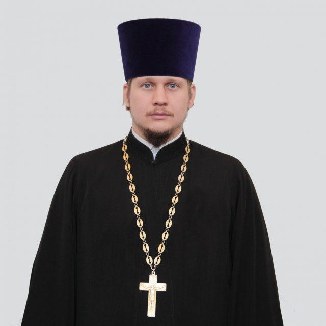 Священник Виталий Ульянов
