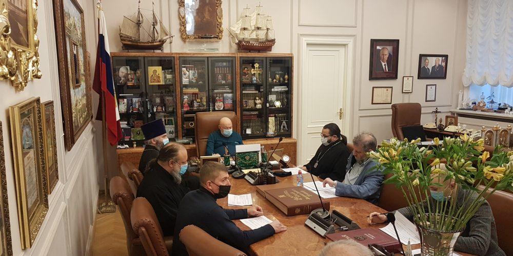 В.И. Ресин провел совещание по подготовке к великому освящению храма Сретения Господня в Жулебине