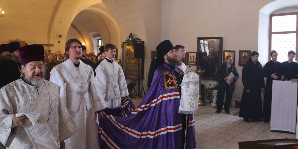 Епископ Воскресенский Савва совершил Великое освящение храма Архангела Михаила в Кубинке (+видео)